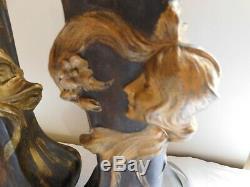 2 vases époque art nouveau en régule hauteur 42 cm 1 signé flora 1 enfoncement s