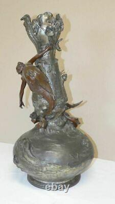 ART NOUVEAU Grand vase en régule patiné deux couleurs à décor de sirènes 60cm