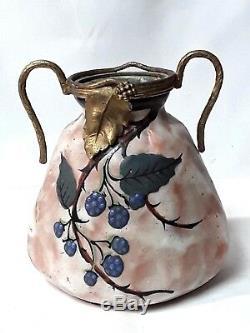 Art Nouveau / Vase A Anse Céramique Émaillée Orne Bronze Signe. A. V