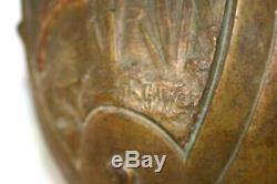 Belle paire de vases antimoine Art Nouveau décor angelots vers 1900