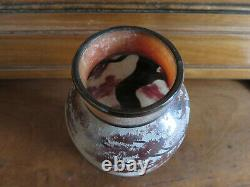 DAUM Vase paysage lacustre (ART NOUVEAU)