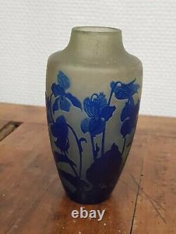 D'argental Vase pate de verre multicouche dégagé a l'acide Art nouveau 1890