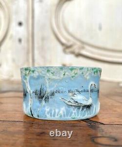Daum Nancy Vase Minature Au Cygne Dans Un Paysage. Pate De Verre Art Nouveau