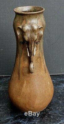 Denbac Grand Et Rare Vase Aux Elephants En Gres Epoque Art Nouveau 1900 Ht. 30cm