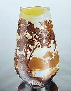 Emile Gallé Sublime Vase Paysage Lacustre Pâte de Verre Gravé ART NOUVEAU