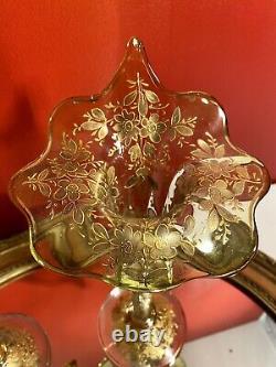 Fin du XIXe Paire de Vase Cornet émaillée de fleurs rehaussé or, Art Nouveau