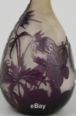 Gallé Vase soliflore Verre multicouches dégagé à lacide ca 1900/1920