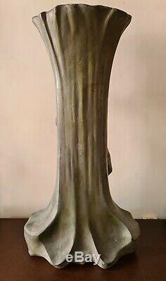 Important Vase Art Nouveau. 54 X 27 CM