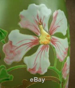 Important Vase En Verre Emaillé Art Nouveau Decor Floral Legras
