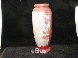 Joli ancien important vase Jem école Legras, décor arbres, lac