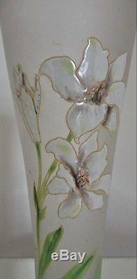 LEGRAS Vase cornet Verre Émaillé Décor Lys blancs Art-Nouveau ca 1900
