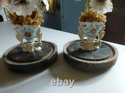 PAIRE DE GLOBE DE MARIÉE NAPOLÉON III AVEC vase en Paris et fleurs sorti grenier