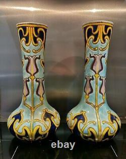Paire De Vase En Faïence Art Nouveau Saint Onnaing
