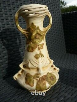 Paire De Vases Art Nouveau Porcelaine Royal Dux Autriche Vers 1900