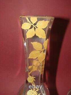 Paire de vases Baccarat en cristal émaillé or 19ème modèle ART NOUVEAU