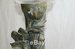 Paire de vases époque Art Nouveau dans le goût de Moreau réservoirs en baccarat