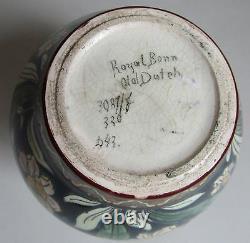 Royal Bonn. Old Dutch. Vase art nouveau en faïence à décor de fleurs, deb XXe
