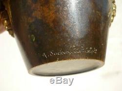 Superbe Vase En Bronze Art Nouveau Pommes De Pin Signe A. Sadoux