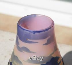 Superbe Vase Pate De Verre Art Nouveau Paysage Et Voiliers Signe Devez (pantin)