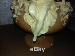 Superbe et ancien vase ceramique. Art nouveau. Signé Thomas Sergent