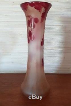 Superbe vase Art nouveau collection Rubis signé Legras décor dégagé à l'acide