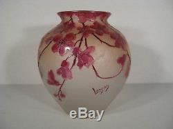 Vase Art Nouveau Série Rubis En Verre Émaillé Et Dégagé A L'acide Signé Legras