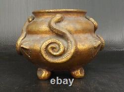 Vase Art Nouveau, Terre Cuite Patine Dorée. Décor de Serpents. Signé d'Initiales