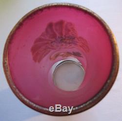 Vase Art Nouveau modèle Musset, verre rouge dégradé émaillé Legras Pavots
