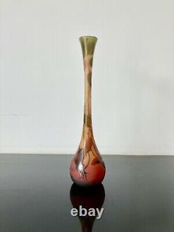 Vase D'Argental verre multicouche dégagé acide. Art nouveau Pate de verre. Galle