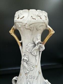 Vase En Royal Dux. Art Nouveau