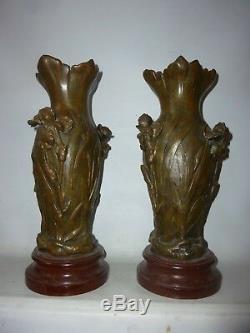 Vase art nouveau en régule et bois vase 1900 Iris signé H. EINGLE HEINGLE