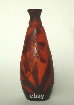 Vase miniature verre gravé à l'acide d'iris Ets Gallé 1910 1920 Art Nouveau