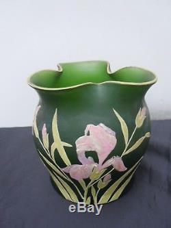 Vase pate de verre decor emaille fleurs iris epoque Legras Montjoye