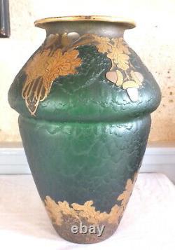 Vase signé Montjoye art nouveau
